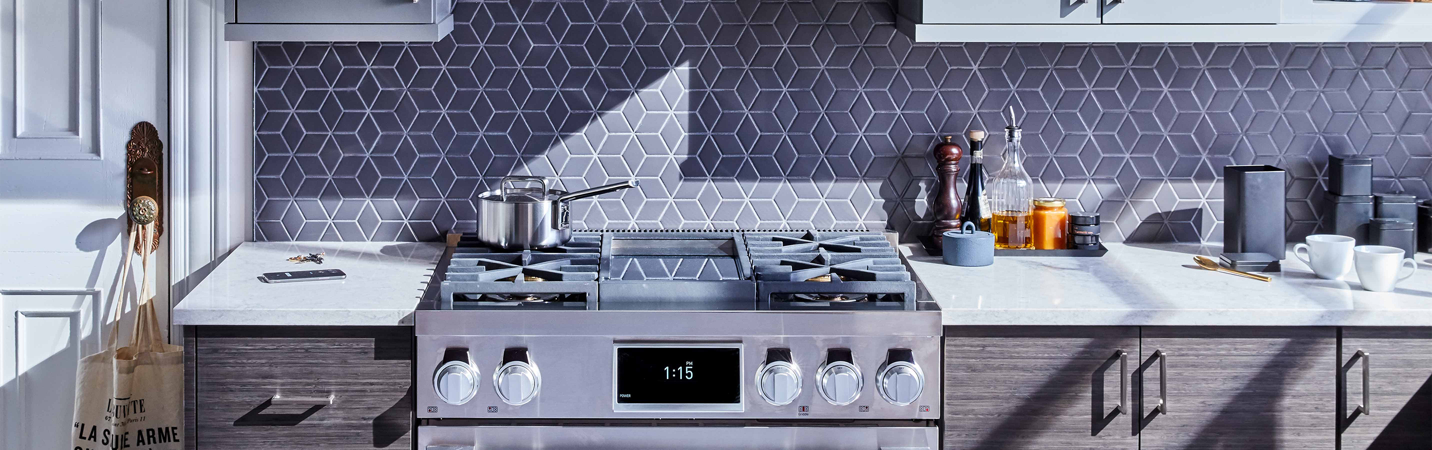 36-inch Pro Range  with Chromium Griddle by Signature Kitchen Suite