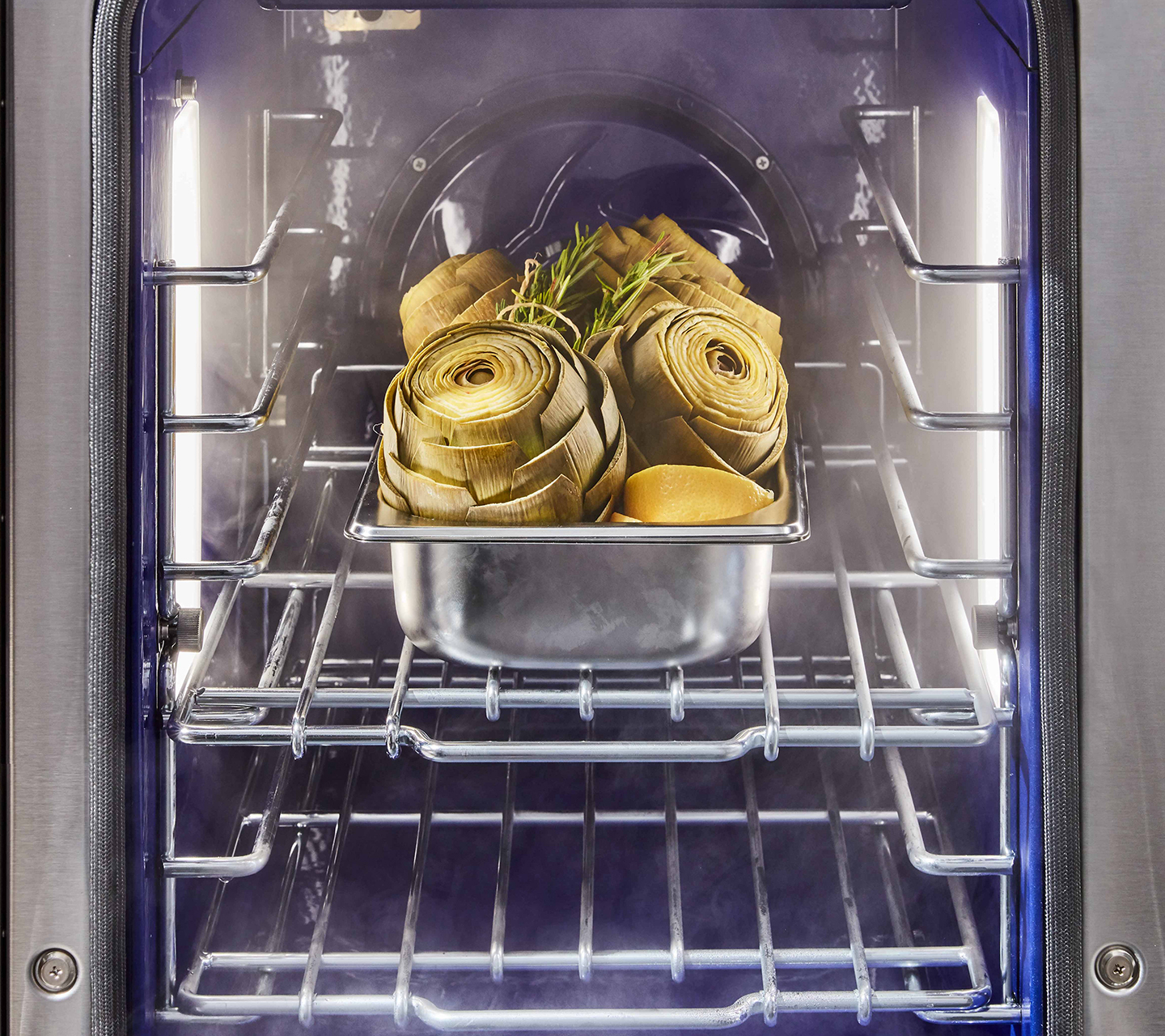 Steam Assist Convection Oven on Dual Fuel Pro Range from Signature Kitchen Suite