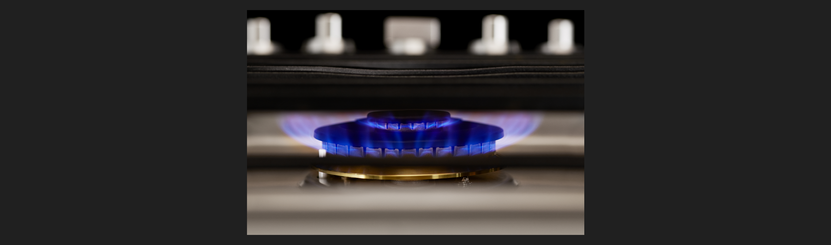 "30"" Gas Cooktop with RapidHeat™ Burner"
