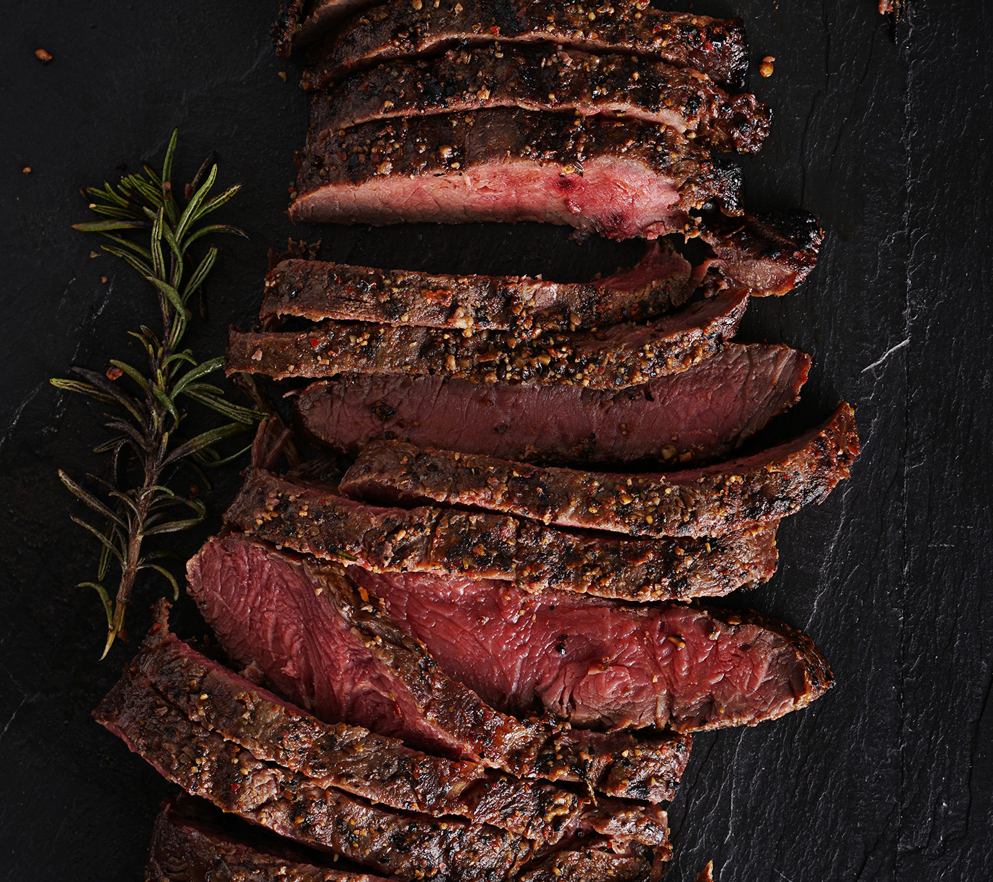 Tranches de steak cuit sous vide avec Signature Kitchen Suite