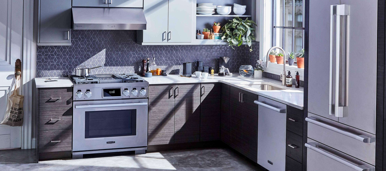 "36"" Dual Fuel Stainless Pro Gas & Induction Range & Designer Kitchen Appliances by Signature Kitchen Suite"