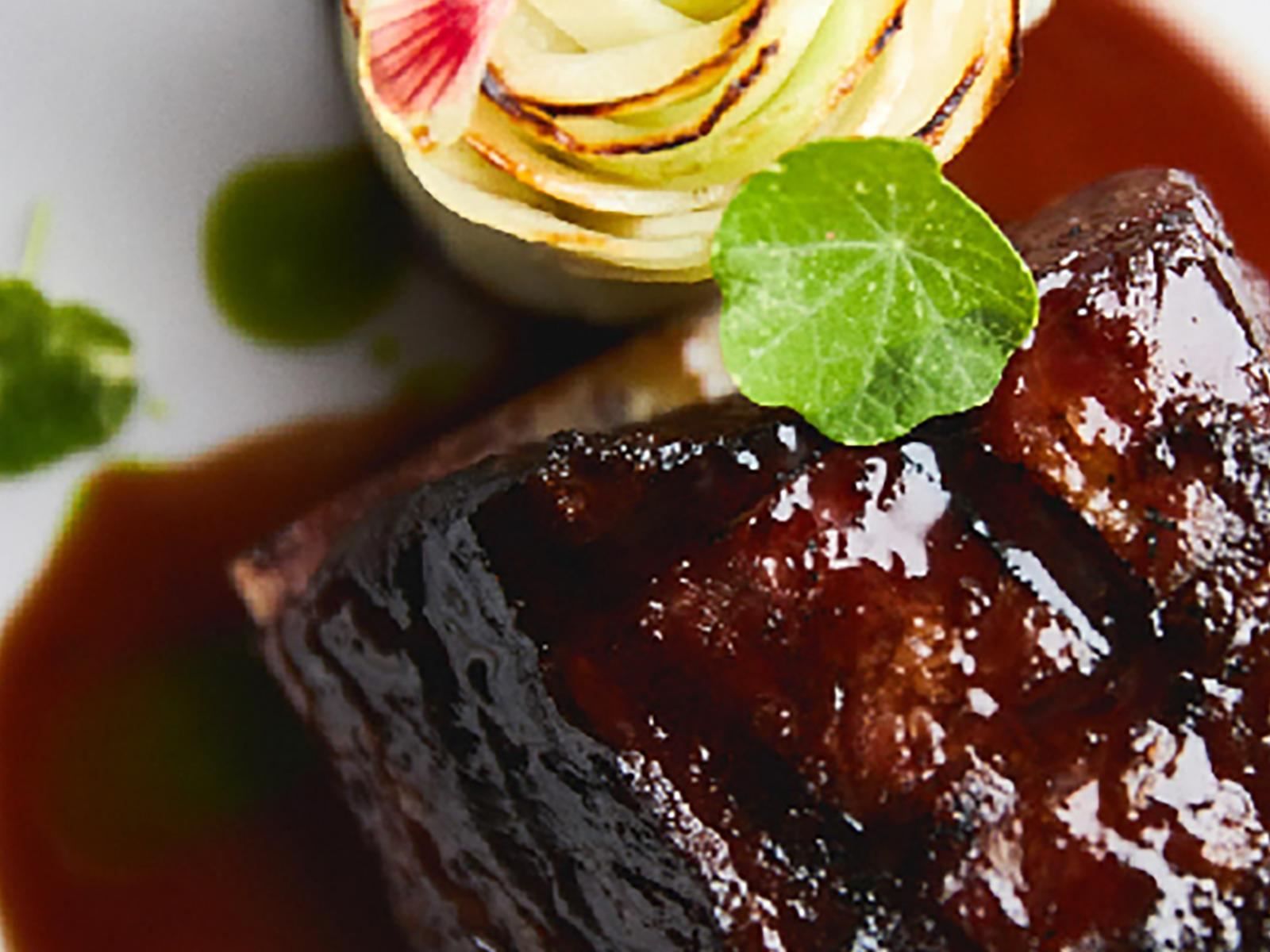 Braised Sous Vide Short Ribs | Signature Kitchen Suite
