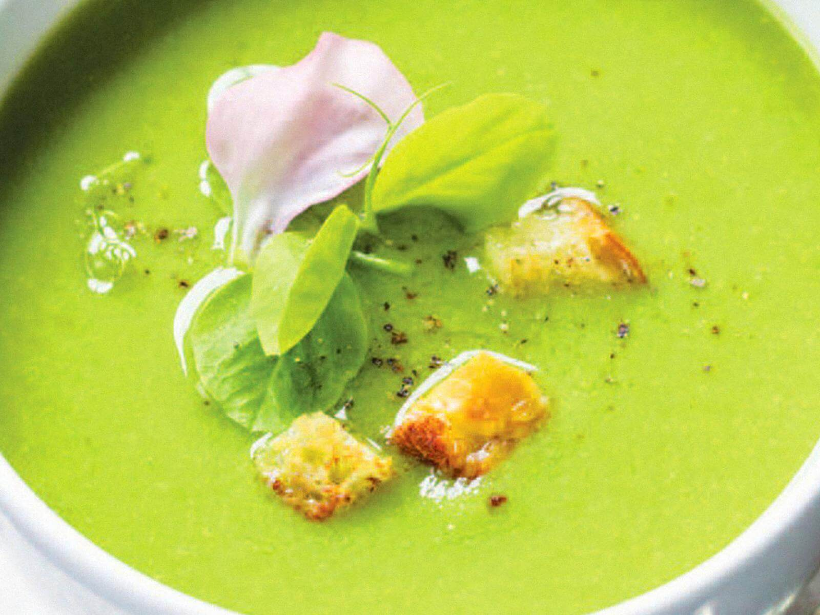 Chilled Very Green Pea Soup